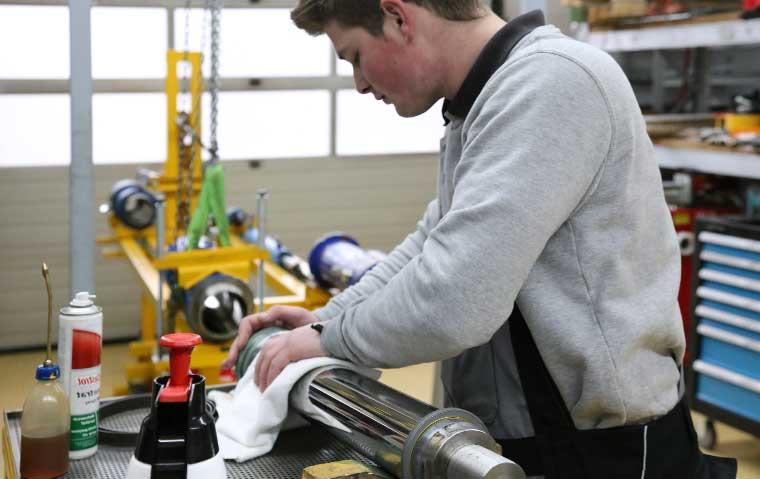 Uwe Lerbs GmbH – Servicecenter & Werkstatt