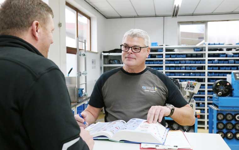 Hydraulik- und Fluidtechnik, Servicecenter